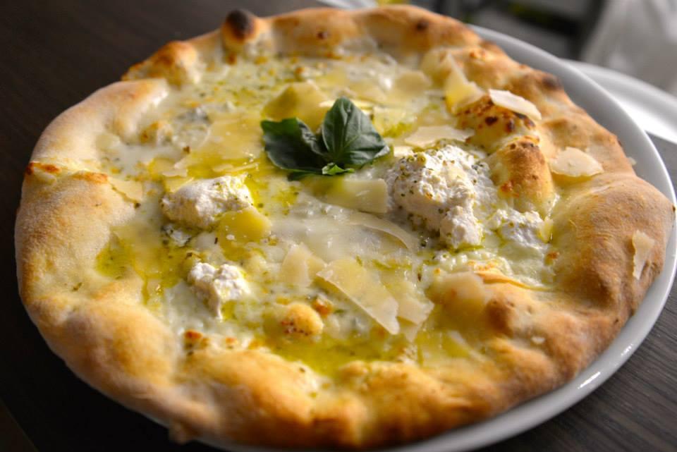 Cucuzza meilleur pizza pizzeria batignolles