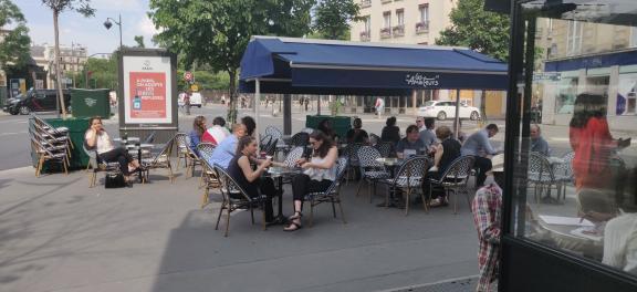 batignolles lesbatignolles paris paris17 covid19 réouverture terrasse restaurant café bar sortir oùsortir où quartier